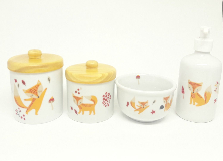 Kit Higiene Bebê Porcelana | Raposa Laranja | 4 peças | Escandinavo | Tampas Pinus