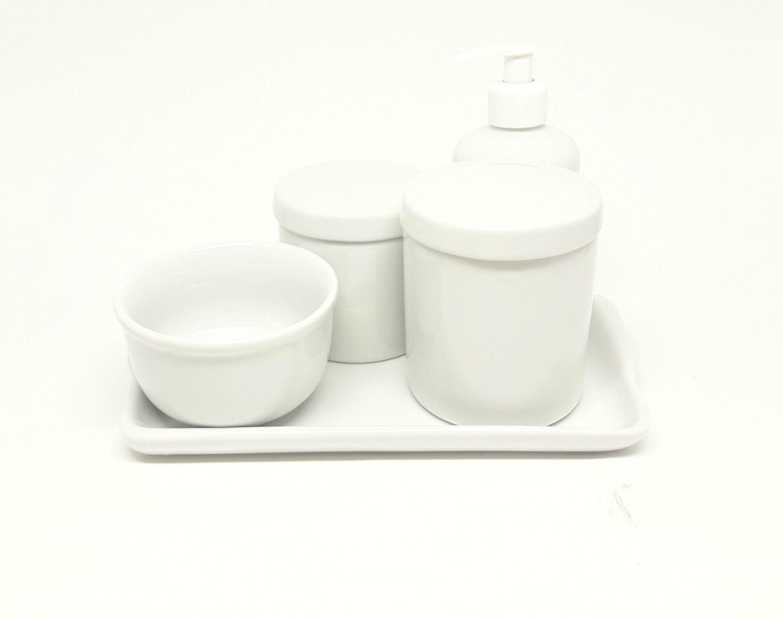 Kit Higiene em Porcelana Branca com Bandeja