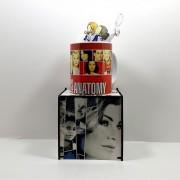 Caneca personalizada série Grey's Anatomy e Caixa MDF personalizada com fotos