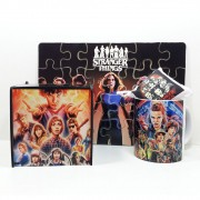 Kit Especial Stranger Things Quebra-cabeça com caixa MDF + caneca personalizada