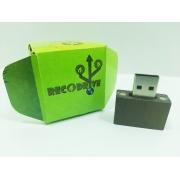Pen drive Ecológico Fit Dark 8 GB - Linha rECOdrive