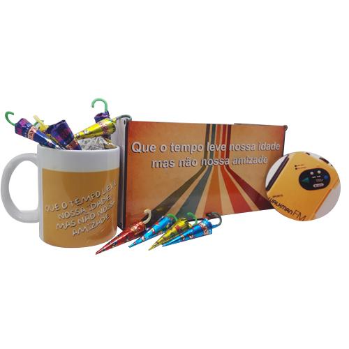 Caixa MDF 1 caneca + Chocolates Geração Retrô