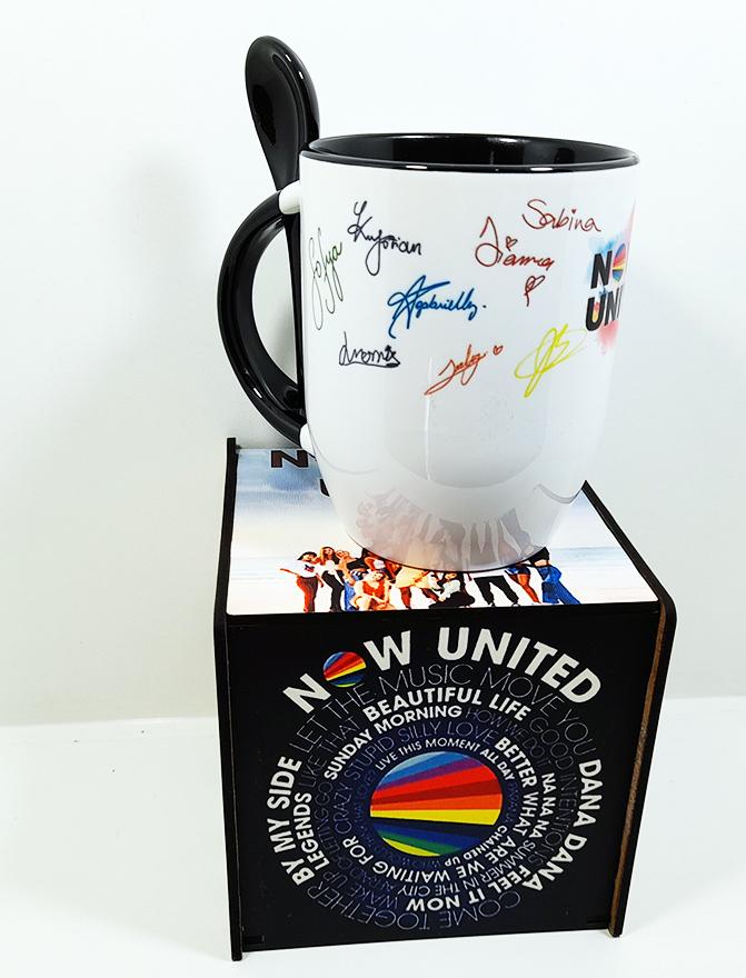 Caneca com colher Now United e caixa personalizada lançamento 2021