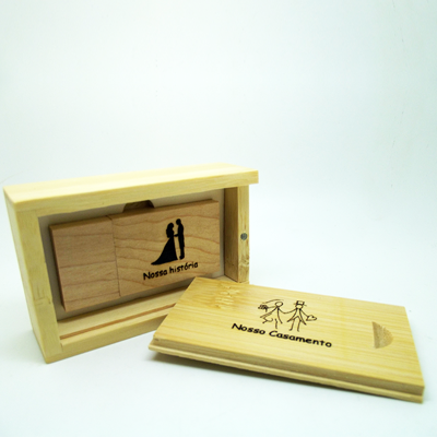Kit Casamento Classic Wood  De 8 GB