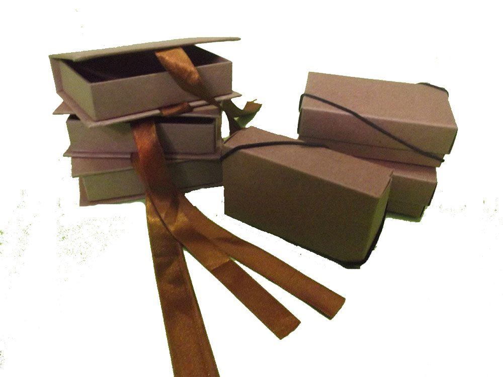 Kit de Caixas para pendrives com 10 unidades - Queima de estoque