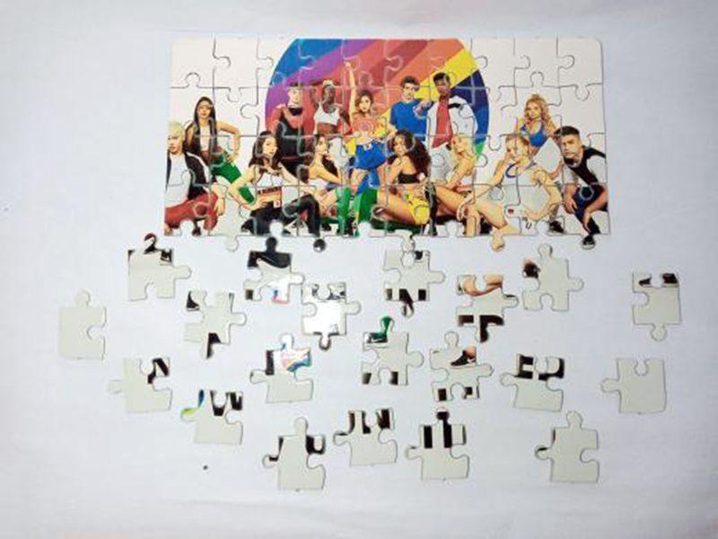 Kit Especial 3 Quebra-cabeças Now united com caixa + surpresa - 90 peças