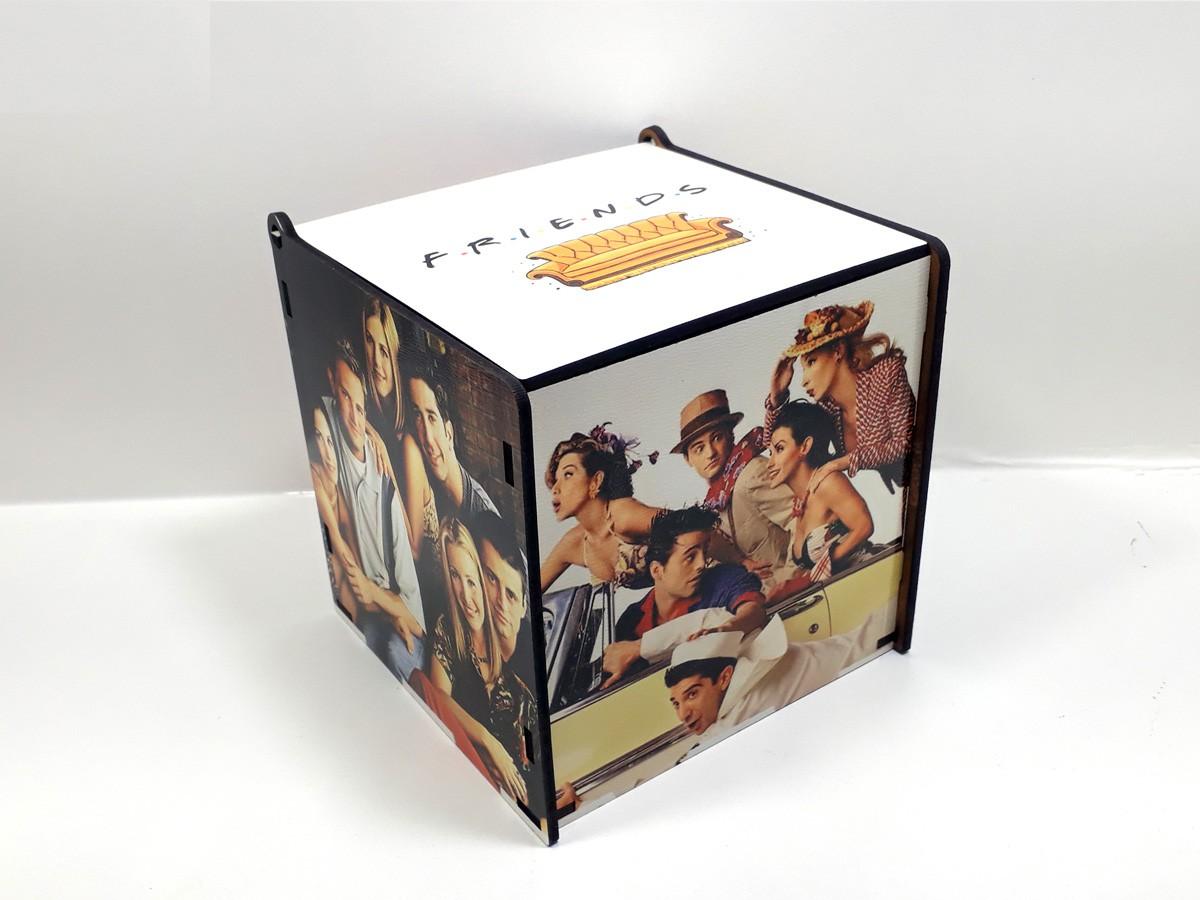 Kit Especial Friends Quebra-cabeças com caixa MDF + caneca personalizada