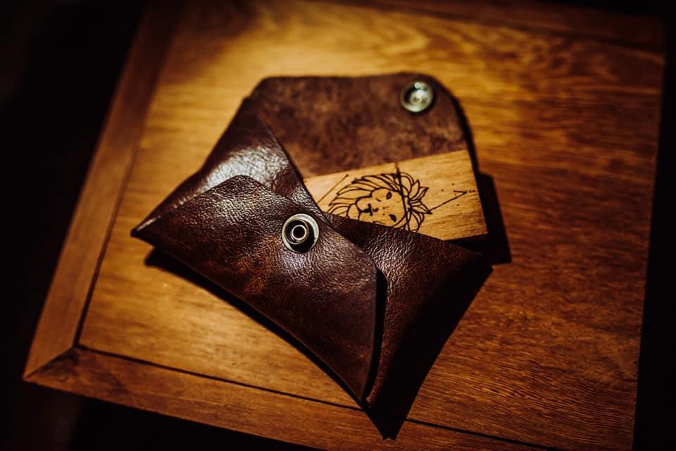 Kit Pendrive Wood Leather personalizado - Pendrives para Fotógrafos - 4, 8 e 16 GB
