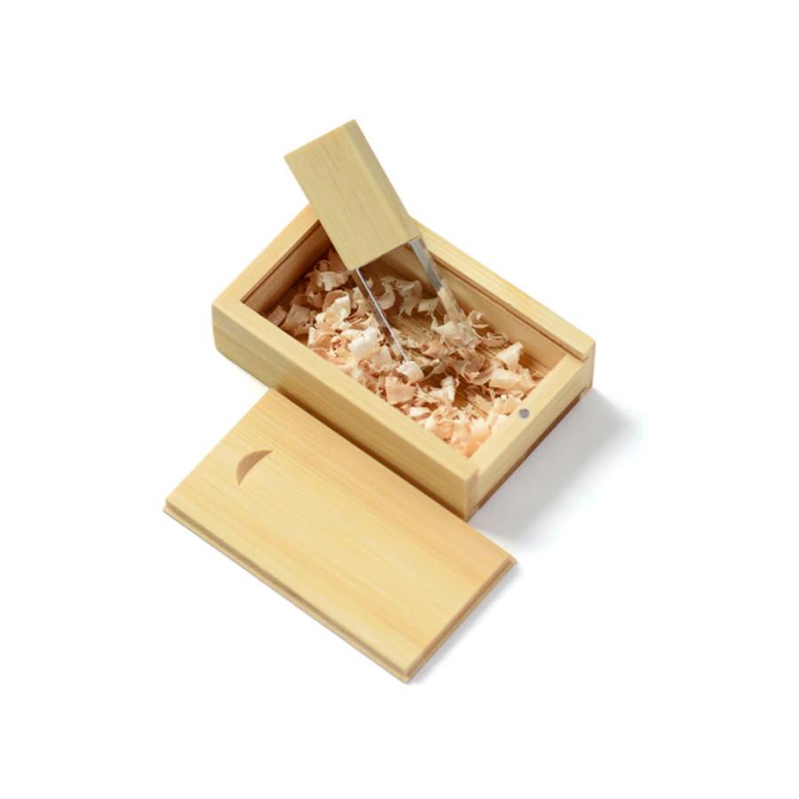 Kit Pendrive Wood Special 8 GB e 16 GB Personalizado