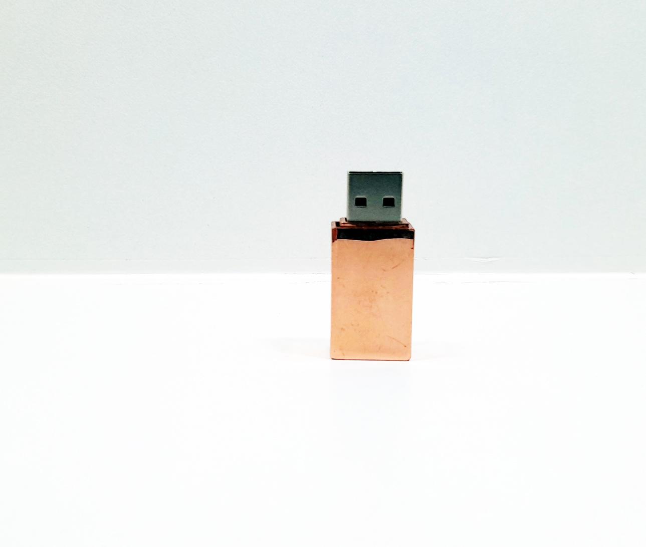 Linha rECOdrive - Pendrives Ecologicos Sustentáveis - Fit Colors 8 GB e 16 GB - Exclusivo