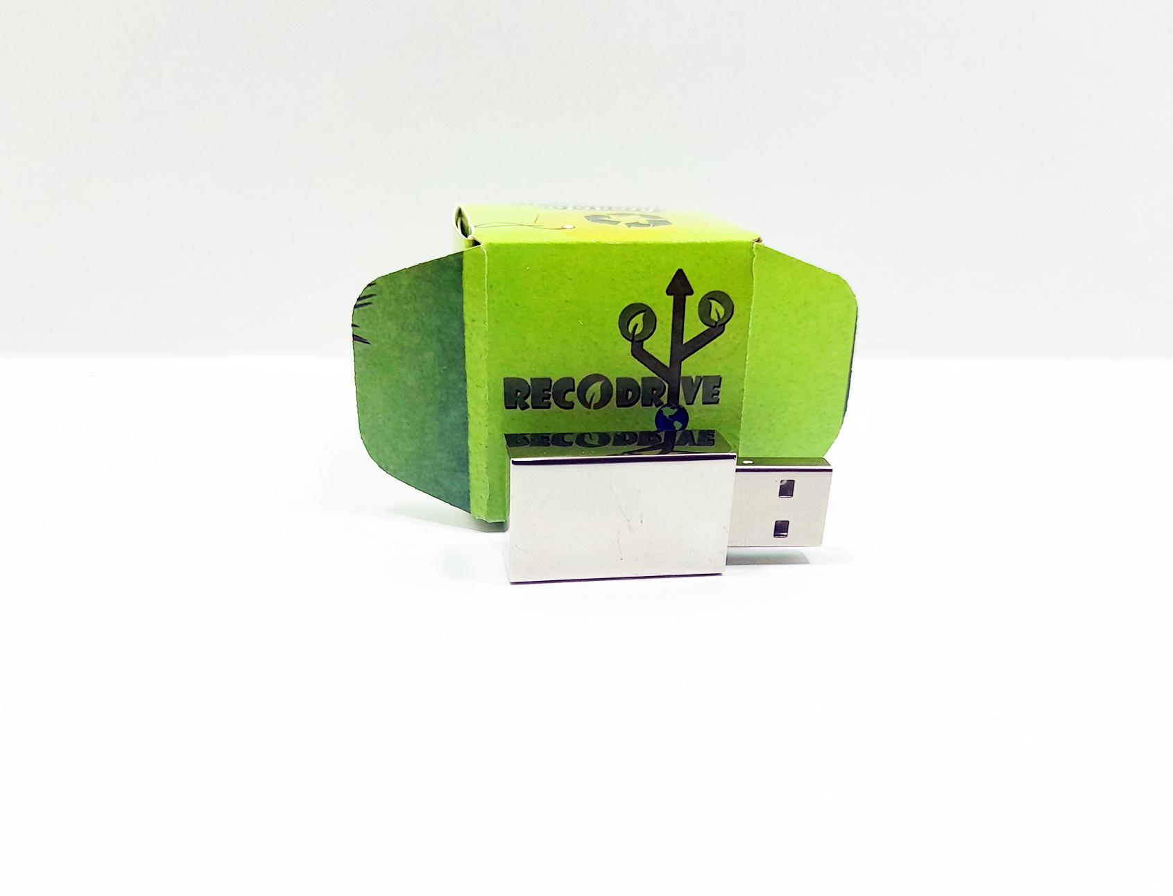 Linha rECOdrive - Pendrives Ecologicos Sustentáveis - Fit Prata 8 GB e 16 GB - Exclusivo