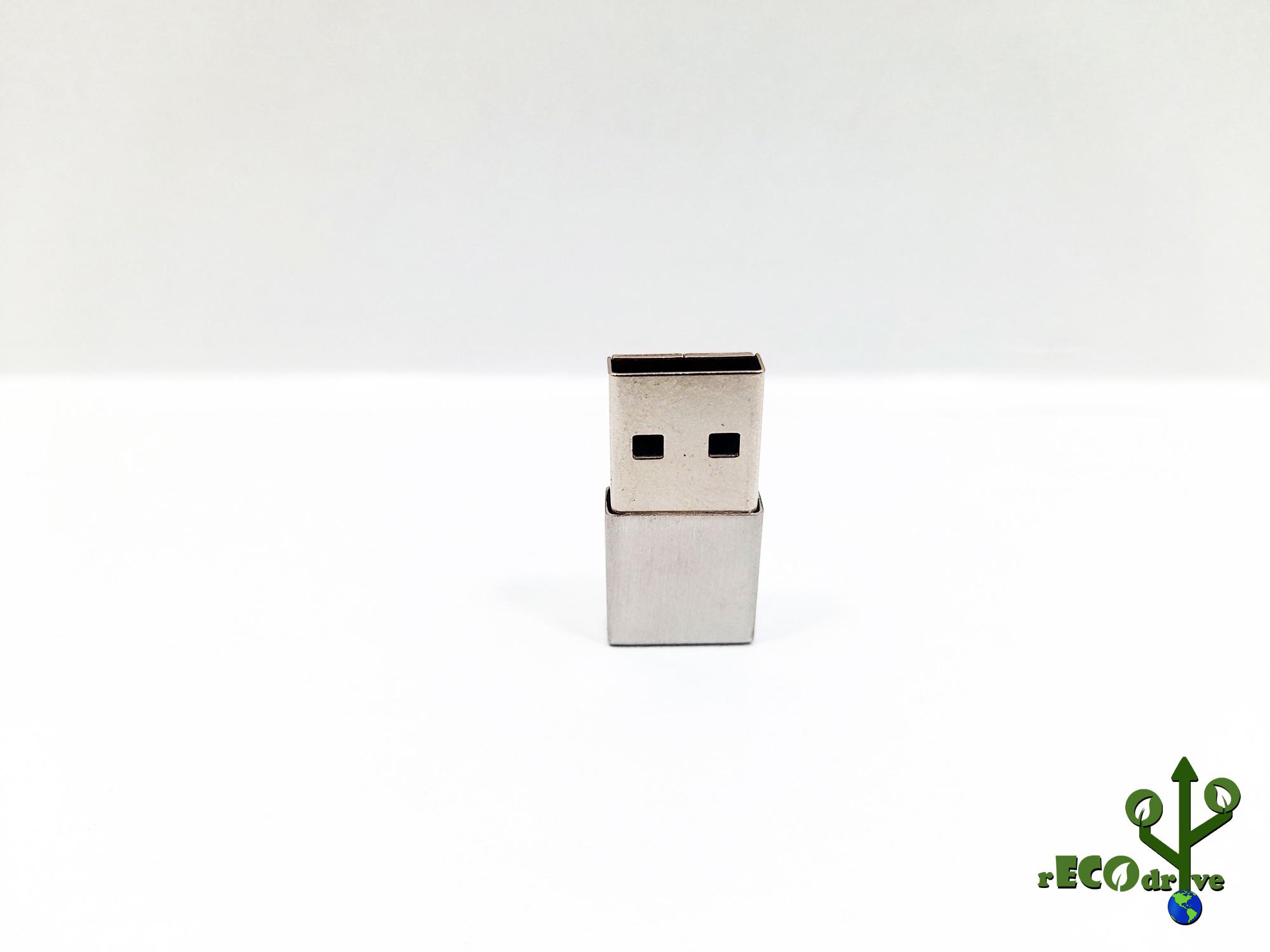 Pen drive Ecológico Fit Metal 8 GB e 16 GB - Linha rECOdrive