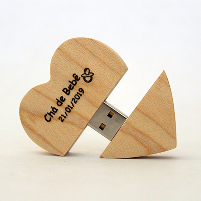 Pendrive Coração de madeira 8GB e 16GB - Com gravação de nomes