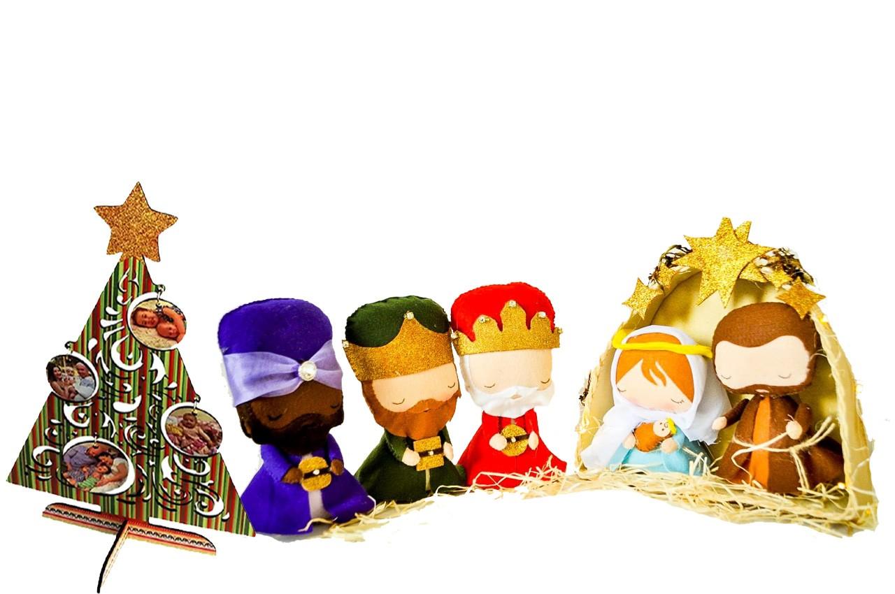 Presépio Artesanal Completo Personalizado com Arvore de natal com fotos