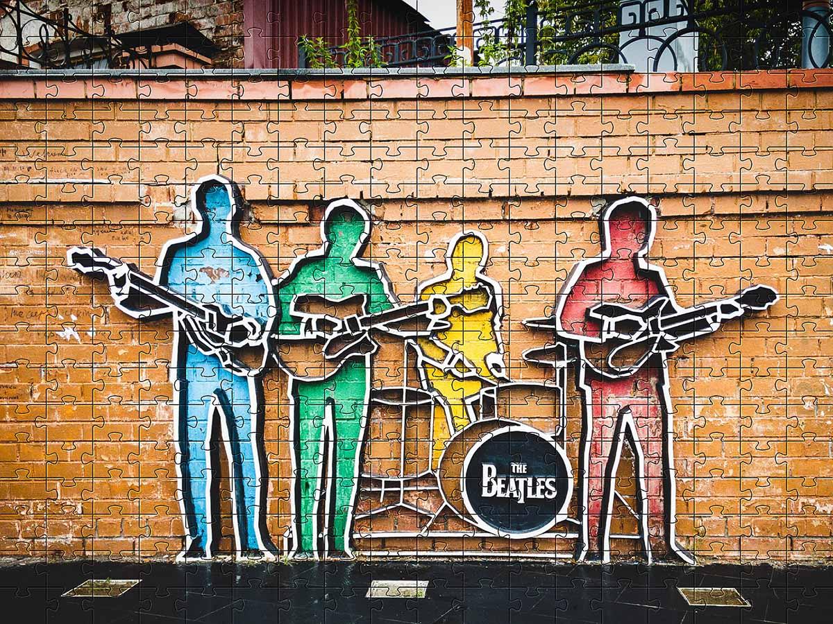 Quebra-Cabeça 300 peças The Beatles + Chaveiro Presente