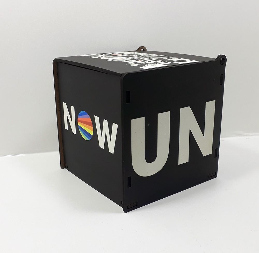 Quebra-cabeça 90 peças Now united + caixa MDF Preta + Caneca Porcelana