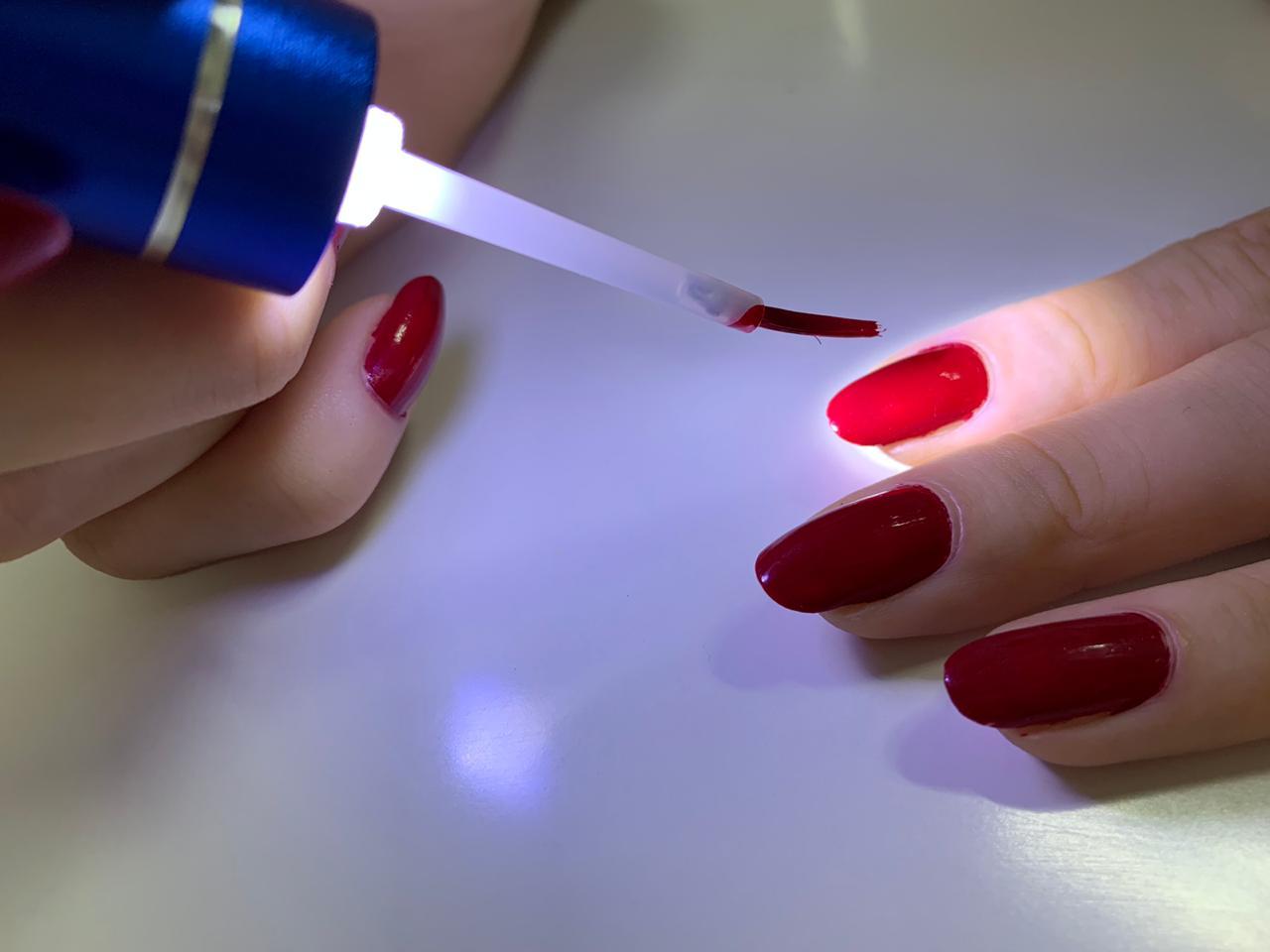 Pincel De Esmaltação com Luz de LED Ref. 1001