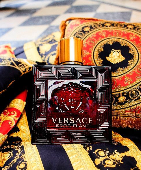 Eros Flame Versace Eau de Parfum Perfume Masculino