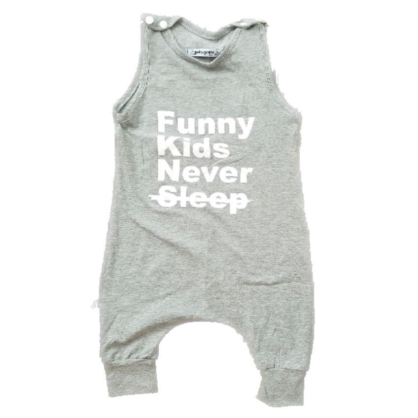 Macacão Longo Saruel Funny Kids Never Sleep