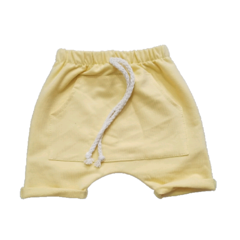 Short Saruel Bolso Canguru Amarelo Pastel