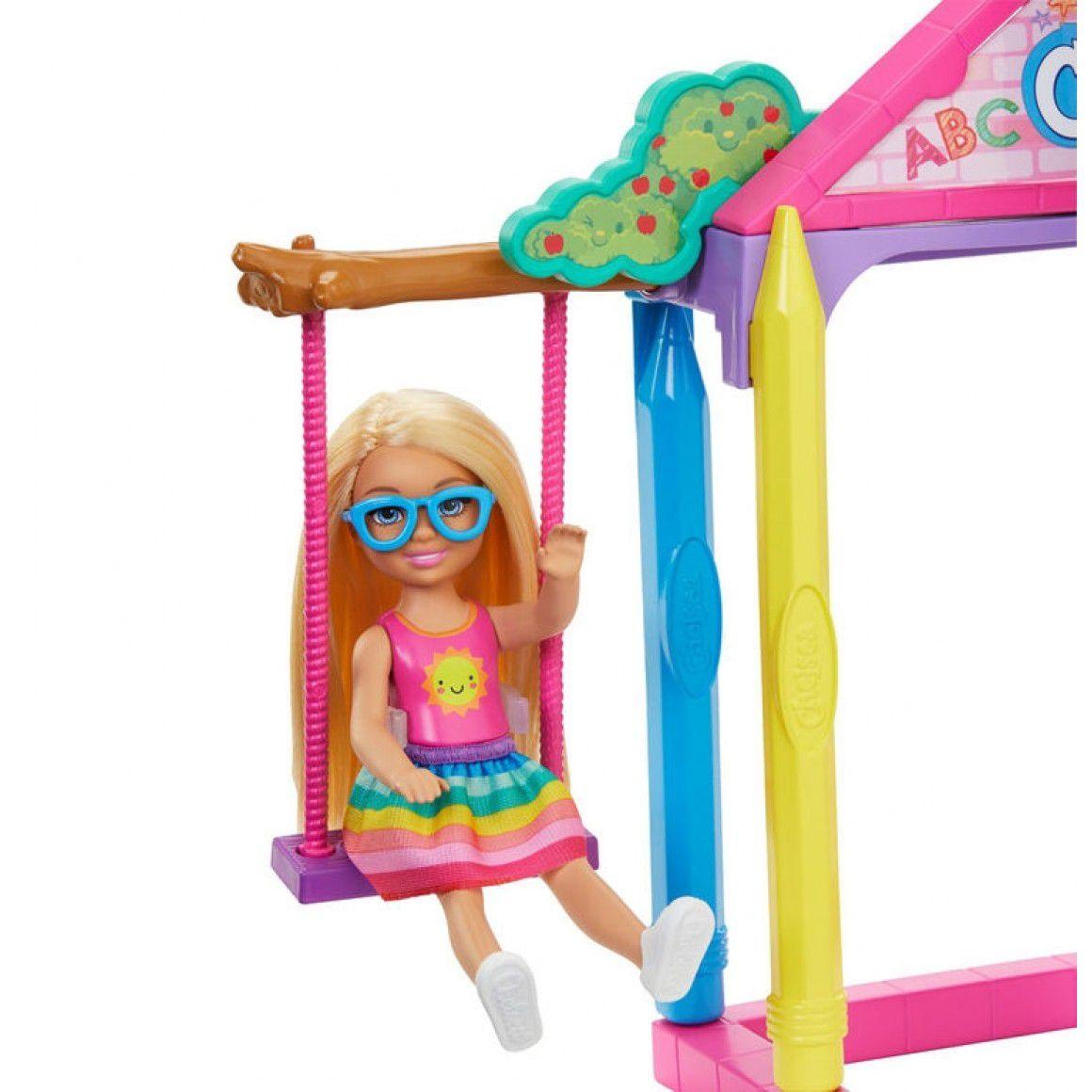 barbie boneca chelsea diversão na escola