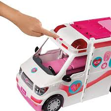 Barbie Real Hospital Movel Ambulancia Frm19 Mattel