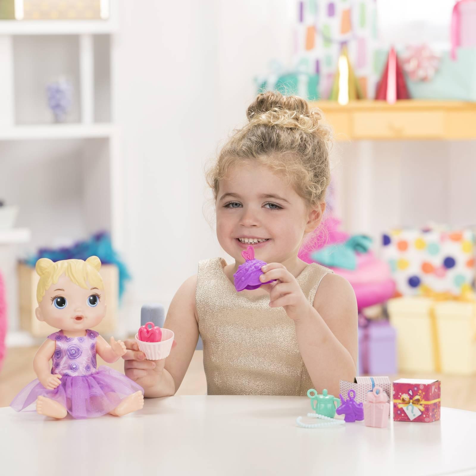 Boneca Baby Alive Bebê Festa De Presentes Hasbro E8719