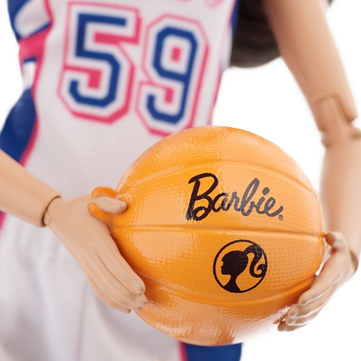 Boneca Barbie Jogadora de Basquete - Mattel - DVF68