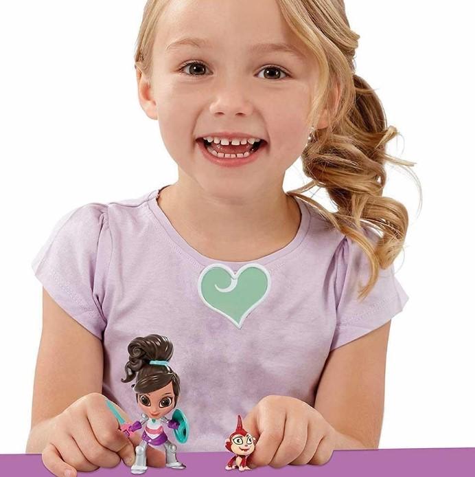 Boneca Princesa Nella Coleção Aventura Cavaleira DTC