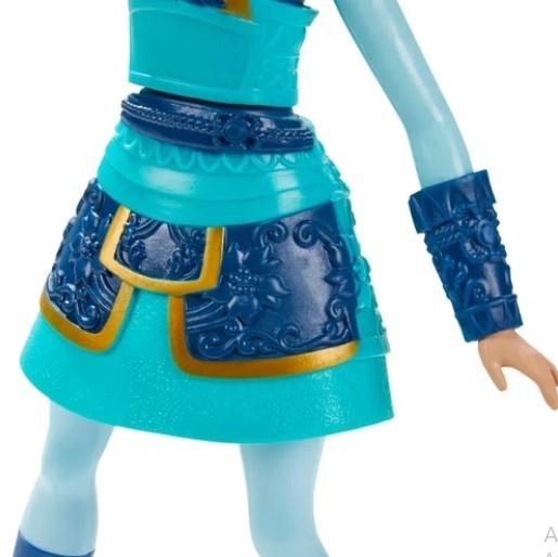 Boneca Princesas Disney Mulan Guerreira - Hasbro