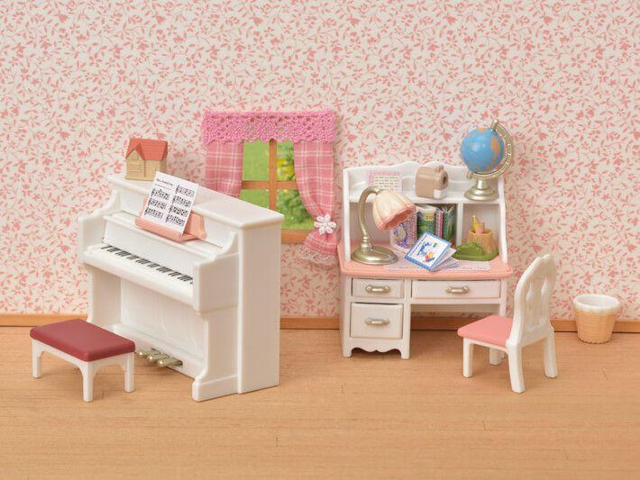 Sylvanian Families Conjunto Piano com Escrivaninha - Epoch - 5284