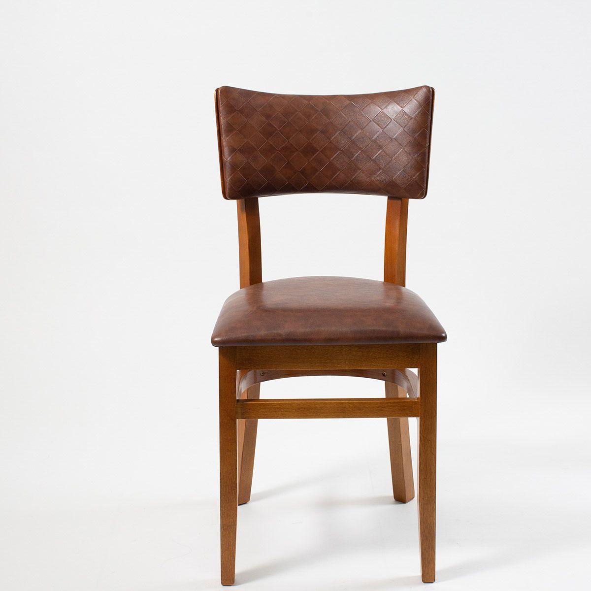 Cadeira com Assento e Encosto Estofado