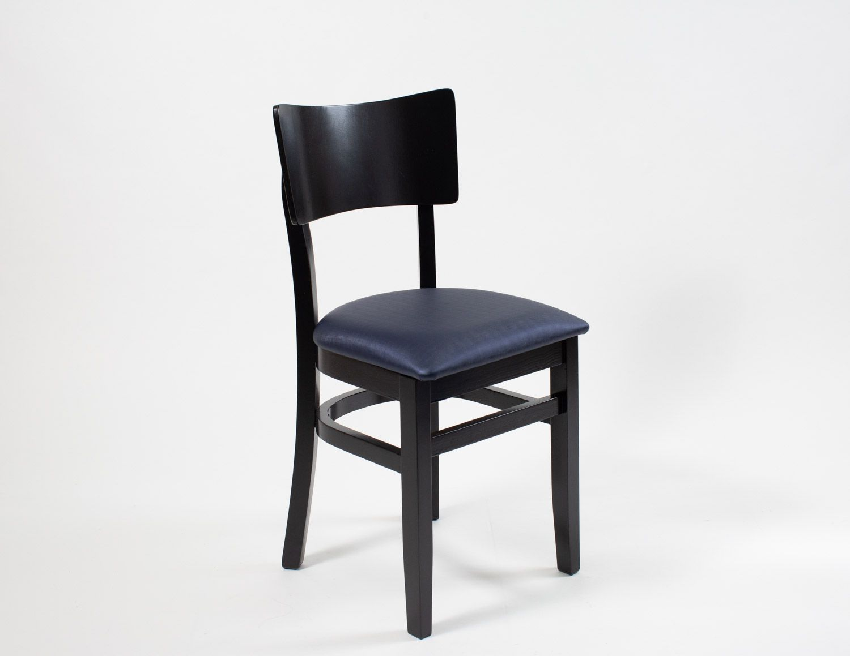 Cadeira de Madeira com Assento Estofado