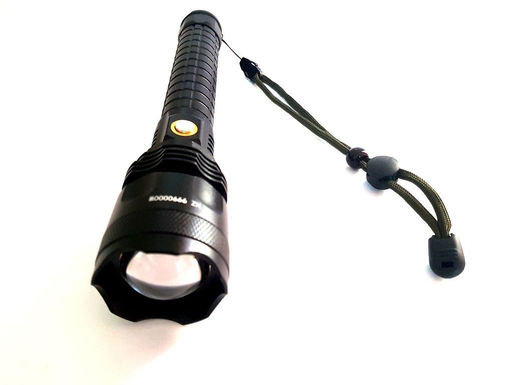 Lanterna Led T9 de longo alcance Bateria recarregável