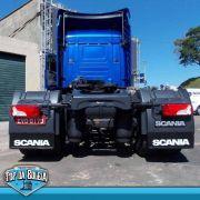 Apara Barro Traseiro Alto Relevo para Scania S5 com Suspensão a ar ( 61x25 )