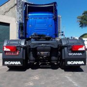 Apara Barro Traseiro Alto Relevo Compatível com o Caminhão Scania S5 com Suspensão a ar ( 61x25 )