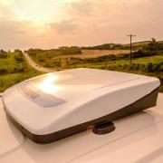 Climatizador de Ar Neoclim Universal Reservatório Interno 24V