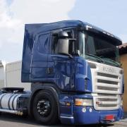 Grade Frontal Inferior Sem Telas para Caminhão Scania P / G / R - S5 2008 / 2009