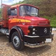 Kit Faixa Adesiva Lateral Vermelha+ Par Emblema Para Mb 1113