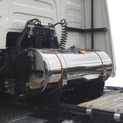 Kit Tanque Cela para Caminhão Completo Arla ou Diesel Aço Inox 235 Litros Plataforma