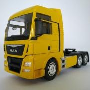 Miniatura Caminhão Man Tgx Trucado 6x2 Escala 1:32 Amarelo
