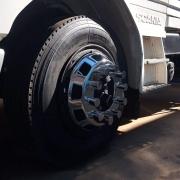 Par Calota Dianteira Cromada Speedline para Caminhão Roda  Aro 22,5 10 Furos