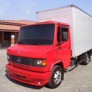 Par Emblema Resinado Lateral Para Caminhão Mercedes 710