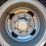 Par Sobre Tampa Cubo Alumínio Traseiro 4 Furos  para Caminhão / Carreta Pequeno
