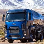 Par Sobre Tampa Cubo Cromada Dianteira para Caminhão Ford Cargo Extra Pesado