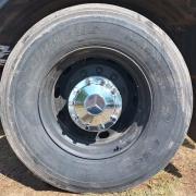 Par Sobre Tampa Cubo Cromada Traseira para Caminhão MB Cubo Reduzido