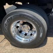 Par Sobre Tampa Cubo Cromada Truck Original para Caminhão Mb Atego / Axor / Actros