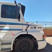 Para-Lama Cabine em Fibra para Caminhão Scania T 112 / 113 / 142 / 143 Longo Lado Direito