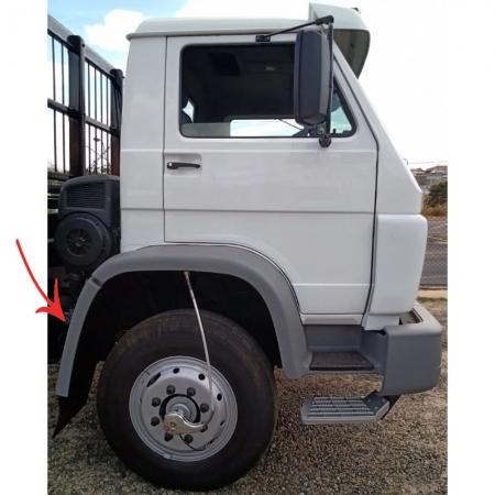 Para-Lama Traseiro Cabine para Caminhão Vw Titan / Worker Lado Direito