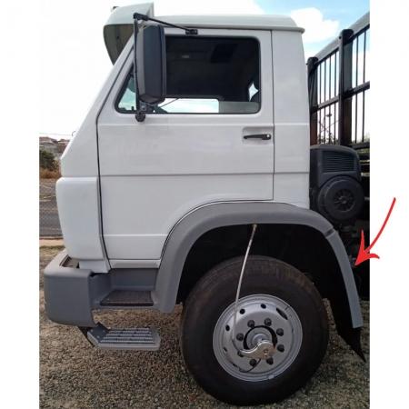 Para-Lama Traseiro Cabine para Caminhão Vw Titan / Worker Lado Esquerdo